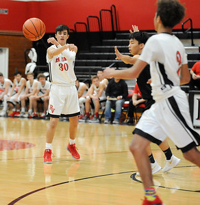 basketball_PalosVerdes^Peninsula jv boys_0054