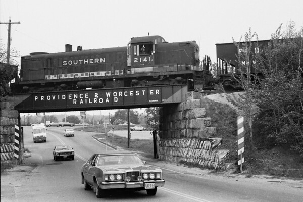 Southern 2141 in Holden 1976 – Al Arnold photo