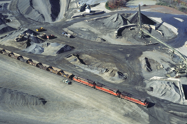 Aerial view of the Tilcon quarry 1994 – Bob Arnold photo
