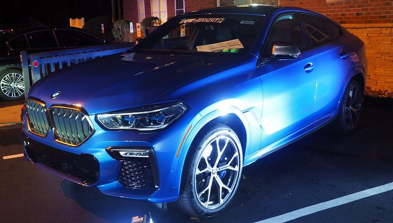P&W Motors  Blue BMW