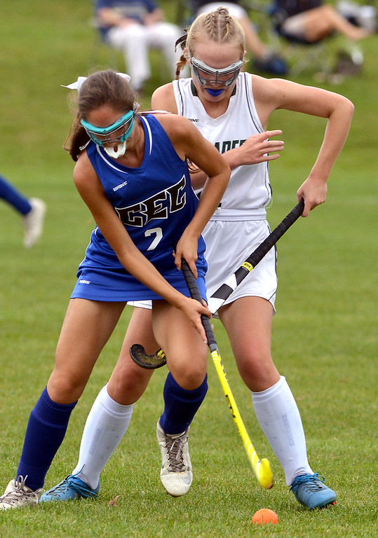 . Conwell-Egan\'s Angela Gesualdi and Lansdale Catholic\'s Kaitlyn Boyce battle for the ball Oct. 11, 2017. / Bob Raines--Digital First Media