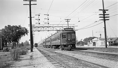 San Pedro Train on the 4 Tracks