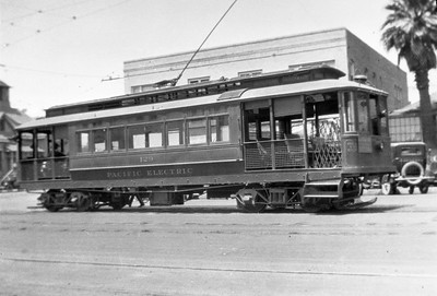 Pacific Electric 129 operating as a one man car in Long Beach. 129 was formerly from the Pasadena & Los Angeles Electric Railway.  Photographer Unknown Jeffrey Moreau Collection