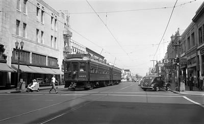 Santa Ana at 4th and Main St. - 1947