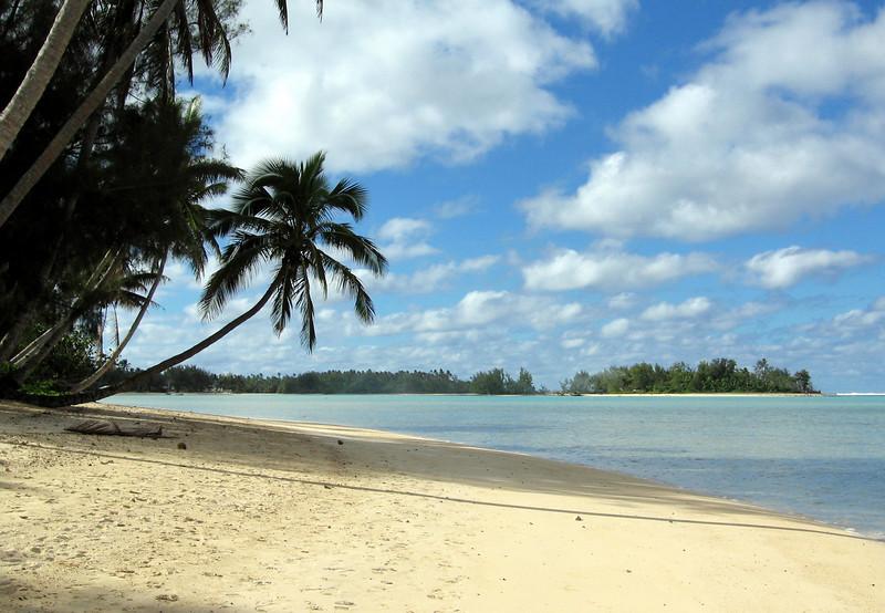Muri Beach on rarotonga.