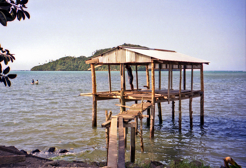 The jetty that serves Namu'a Island seen behind.