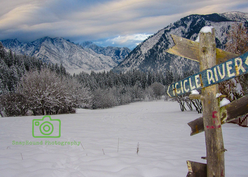 Signpost to Icicle River, Leavenworth, Washington
