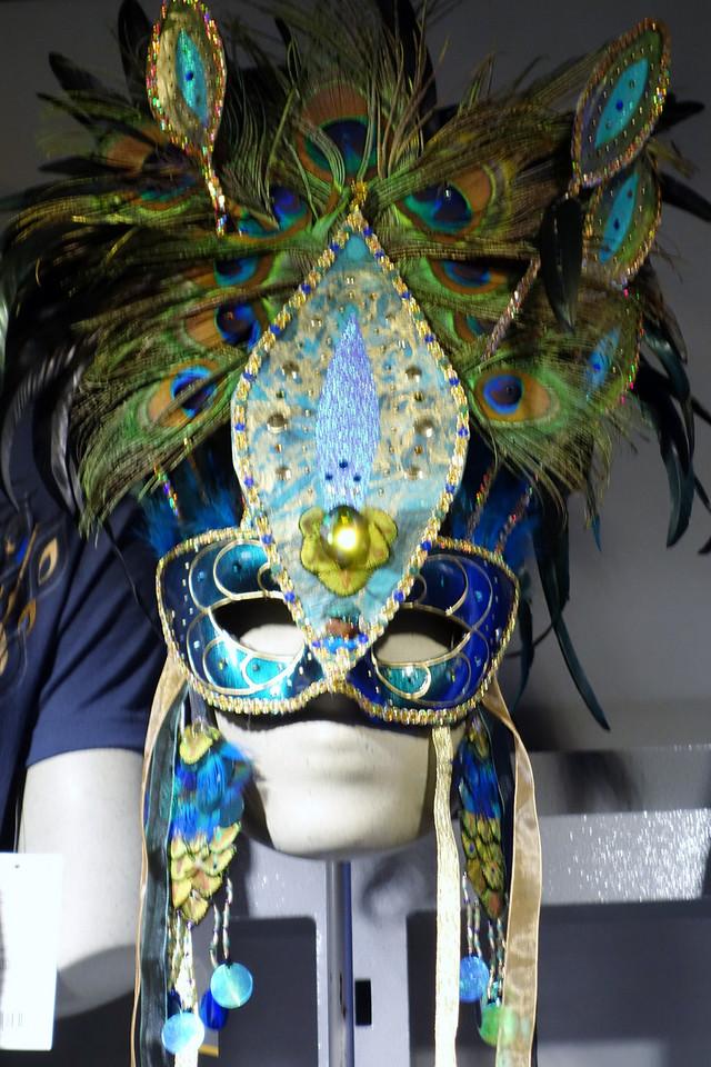 $500 mask.