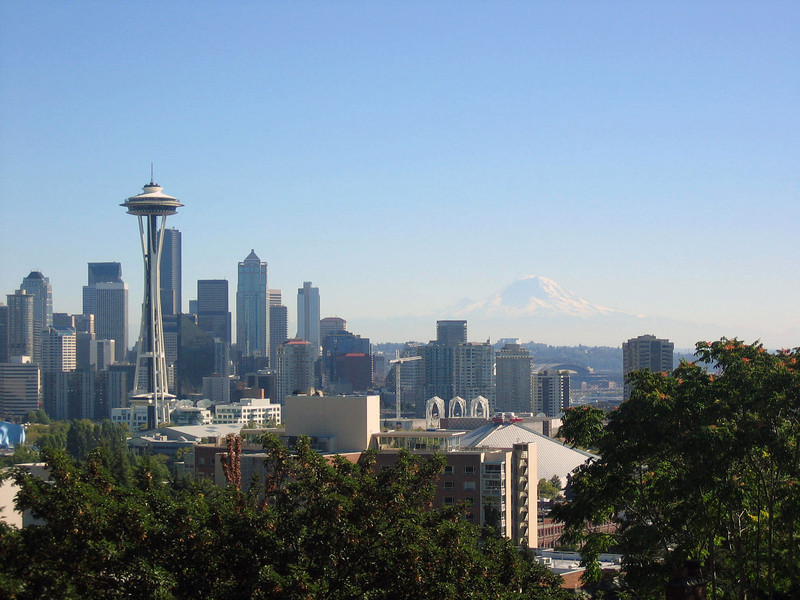 Seattle skyline with Mt. Rainier in the background