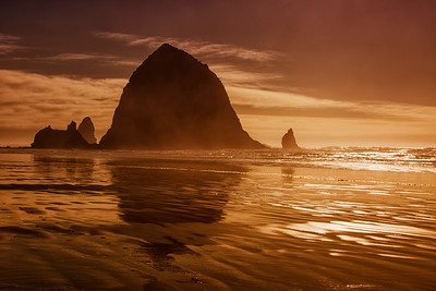 Haystack Rock Golden Hour Cannon Beach, Oregon