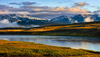 Hayden Valley, Yellowstone River