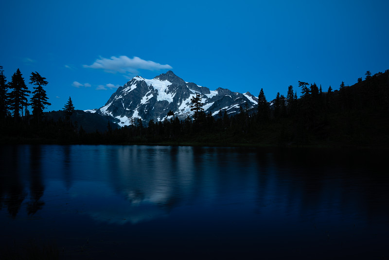mount-shuksan-in-blue