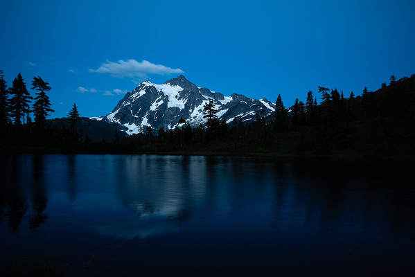 mount-shuksan-in-blue