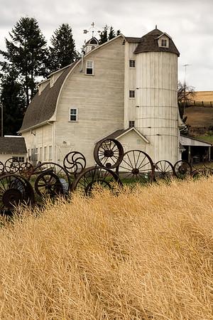 Artisans of the Dahmen Barn, Washington