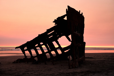 Wildfire Smoke Sunset on the Pacific at the Perter Iredale Shipwreck