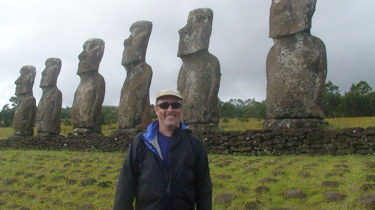Portrait in front of Maoi in Rapa Nui - Easter Island