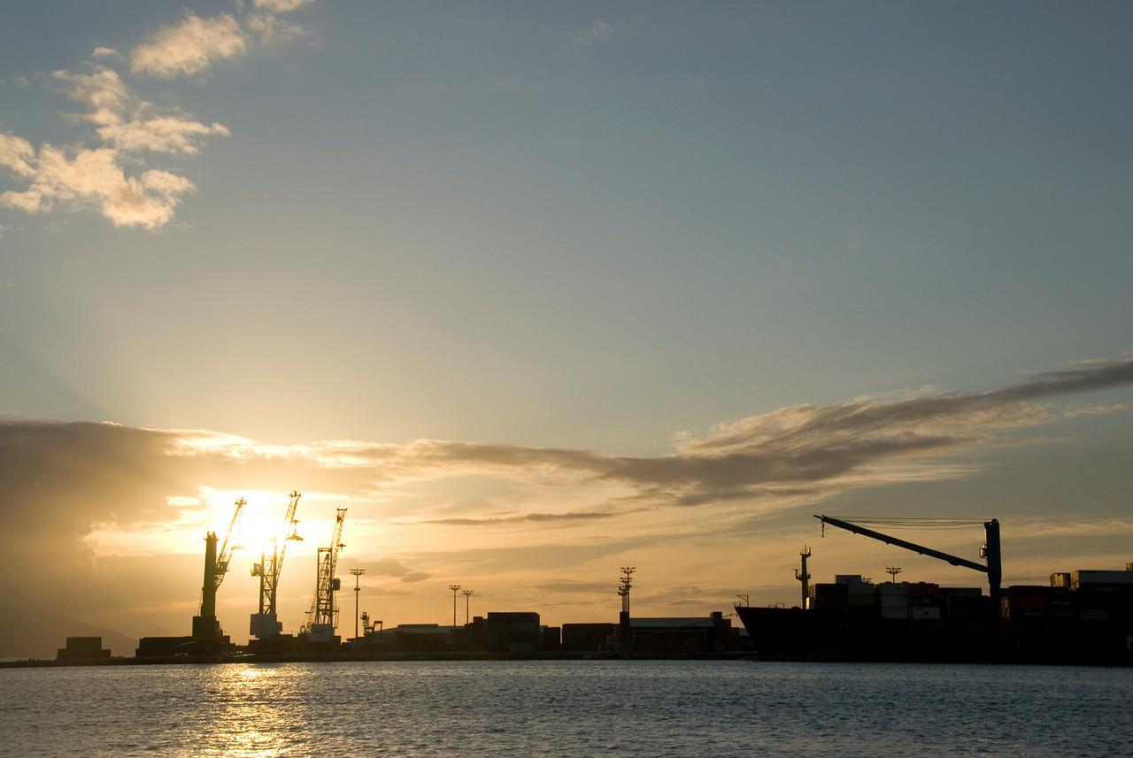 Papette Harbor Ships