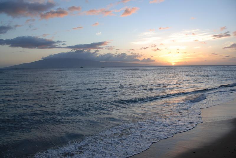 Waves hitting the beach - Lahaina, Hawaii