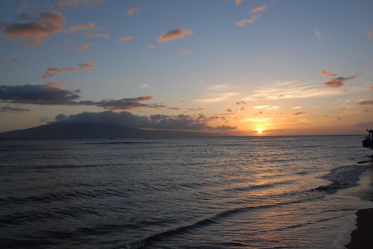 Sunset on the beach - Lahaina, Hawaii