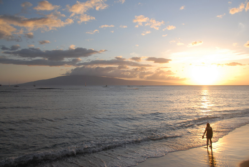 Sunset at the beach - Lahaina, Hawaii