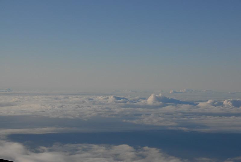 View of Mauna Loa from the summit of Mauna Kea, Hawaii