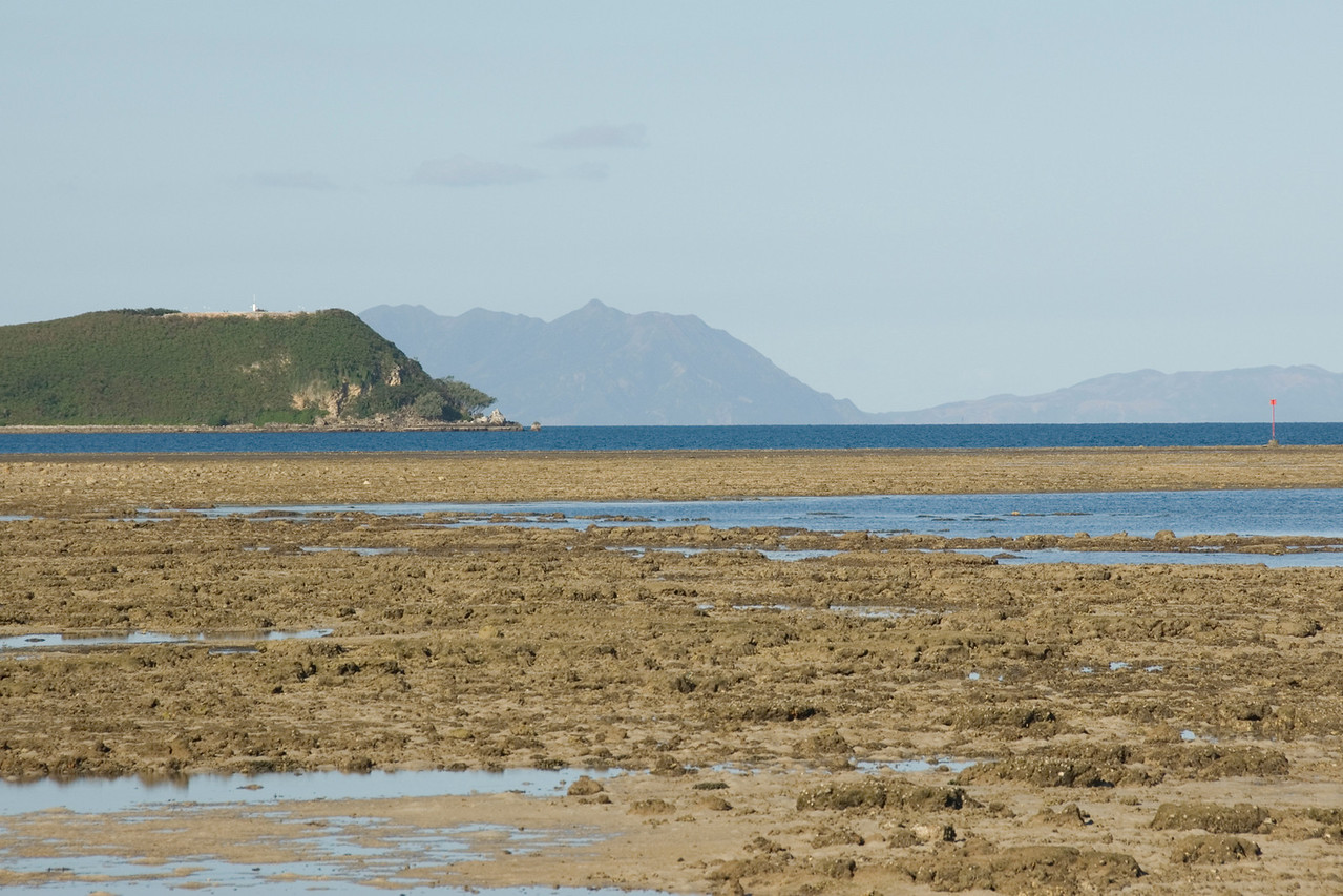 Cost of Noumea, Low Tide - New Caledonia