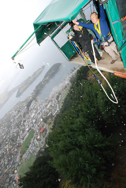 Bungy Jumping in Queenstown, NZ