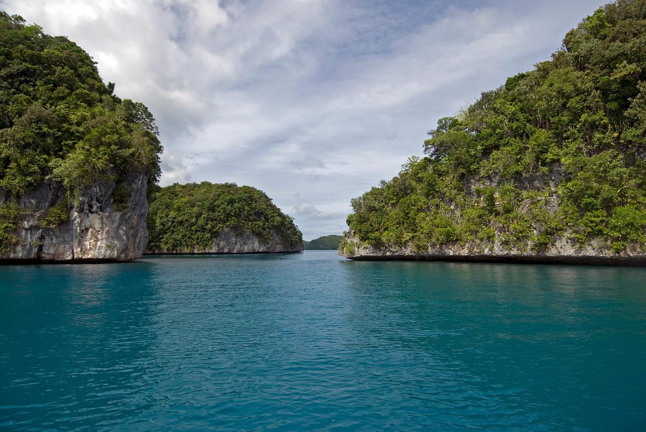 Rock Island Channel - Palau