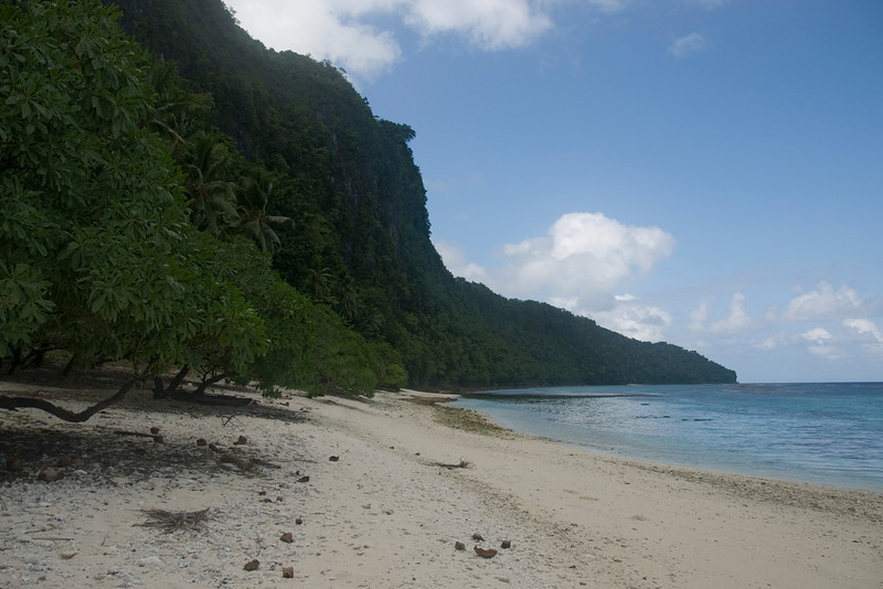 3rd favorite beach in the world: Beach on Rennell Island, Solomon Island