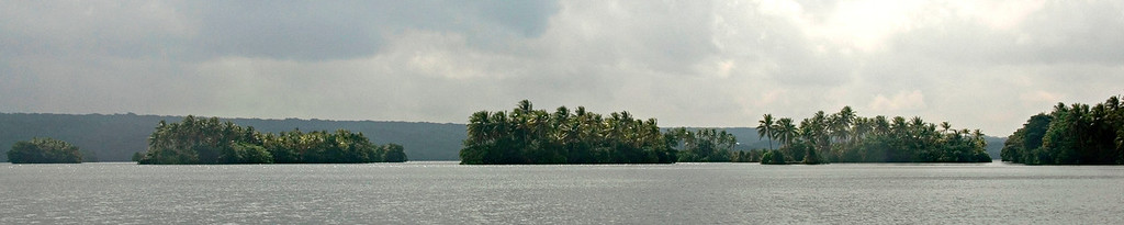 Islands in Te Nggano Lagoon, Rennell Island - Solomon Islands