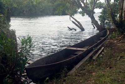 Canoe in Lake Tenago, Rennell Island - Solomon Islands