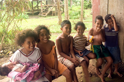 Village Kids, Rennell Island - Solomon Islands