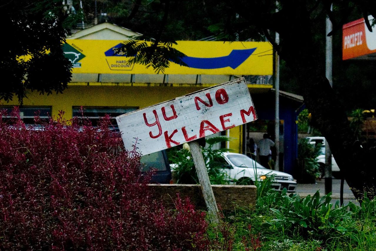Do Not Climb in Bislama - Vanuatu