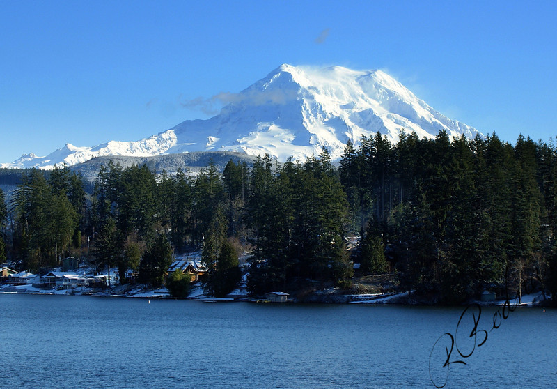 Photo By Bob Bodnar................Mt. Rainier