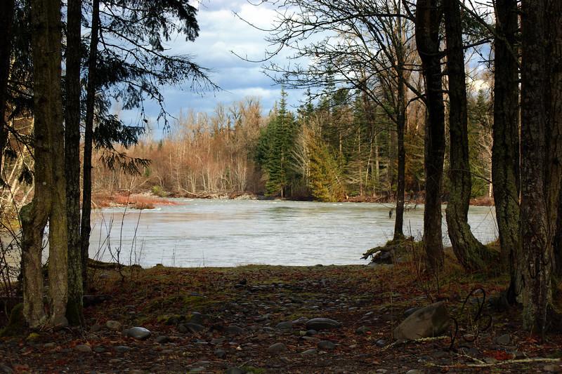 Photo By Bob Bodnar......................View of Elwha River