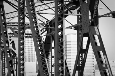 Hawthorne Bridge.