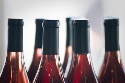 Wine tops