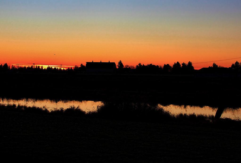 sunsetJan11 dark