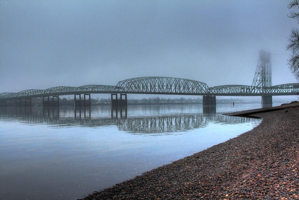 Jan6-Foggy InterstateBridgeb