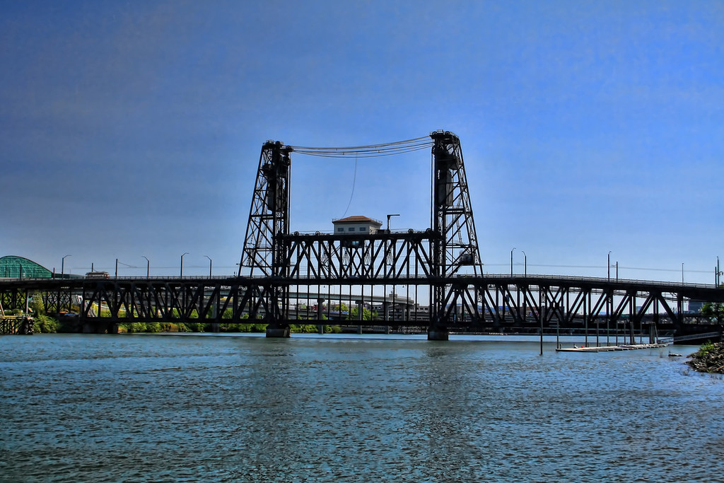 Te Steel Bridge in Portland