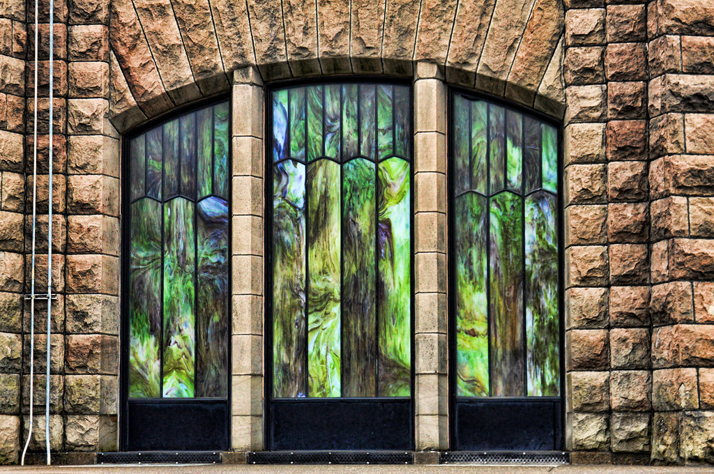 Vista House Windows