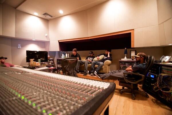 Sandollar at Studio West