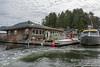 House-boat-life,-Deadman-Islets,-Tofino,-British-Columbia
