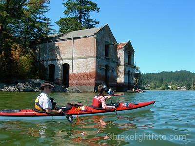 Kayaking Cole Island
