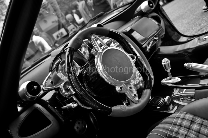 Black and White Huayra Steering Wheel