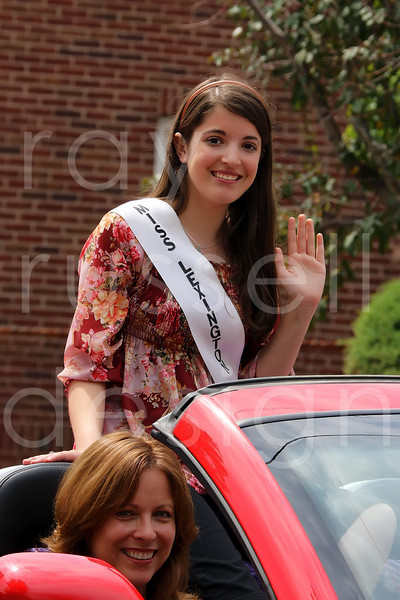 2009 Miss Ohio Parade - Photo-14