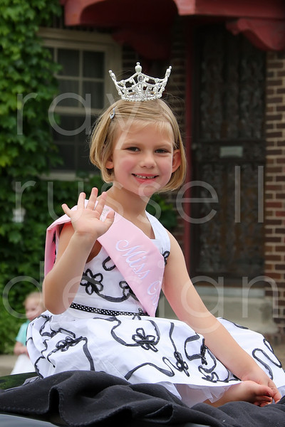 2009 Miss Ohio Parade - Photo-11
