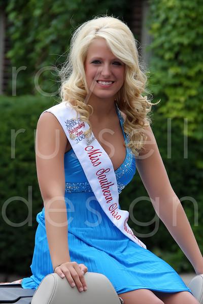 2009 Miss Ohio Parade - Photo-4