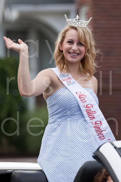 2010 Miss Ohio Parade - Photo -8