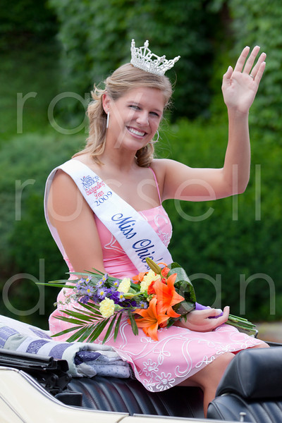 2010 Miss Ohio Parade - Photo -1